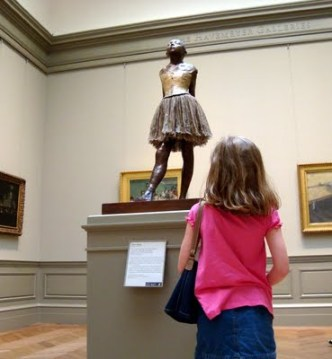 sam+statue